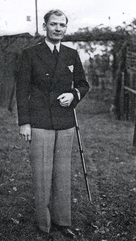 adolfhennecke1925
